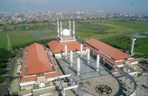 masjid agung jawa tengah dari menara