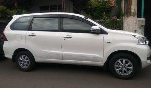 8. Rental Mobil Semarang Lepas Kunci