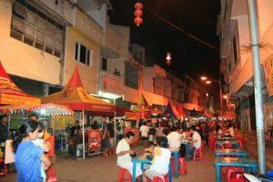 Mari Berwisata Kuliner di Semarang dengan Sewa Mobil Semarang Murah