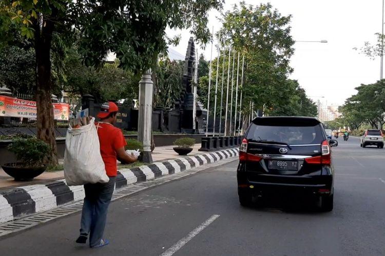 Fenomena Manusia Karung di Semarang
