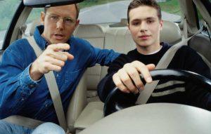 belajar mobil dengan ahlinya