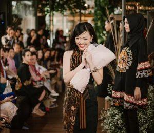 dea valencia pebisnis batik kultur