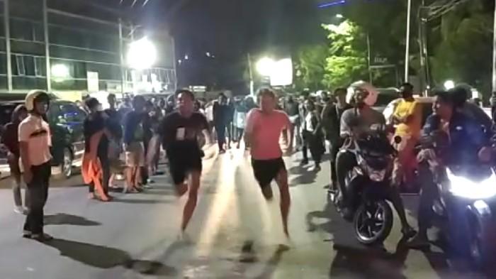 balap lari liar di jalanan kota semarang 1 169