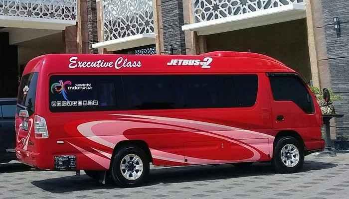 Rental Minibus Isuzu Elf Short Jakarta